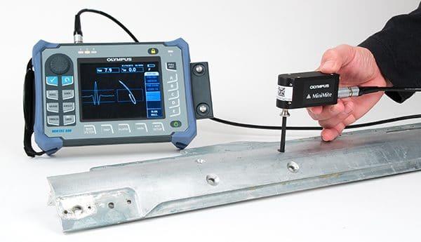 Kiểm tra vết nứt quanh lỗ đinh tán sử dụng thiết bị dòng điện xoáy NORTEC 600 và đầu dò quay