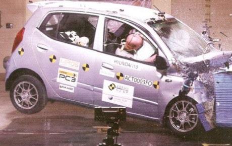 """Mặc dù rất tốn kém, nhưng tất cả các nhà sản xuất ô tô trên thế giới đều xây dựng """"trung tâm phá xe"""" bài bản và hiện đại"""